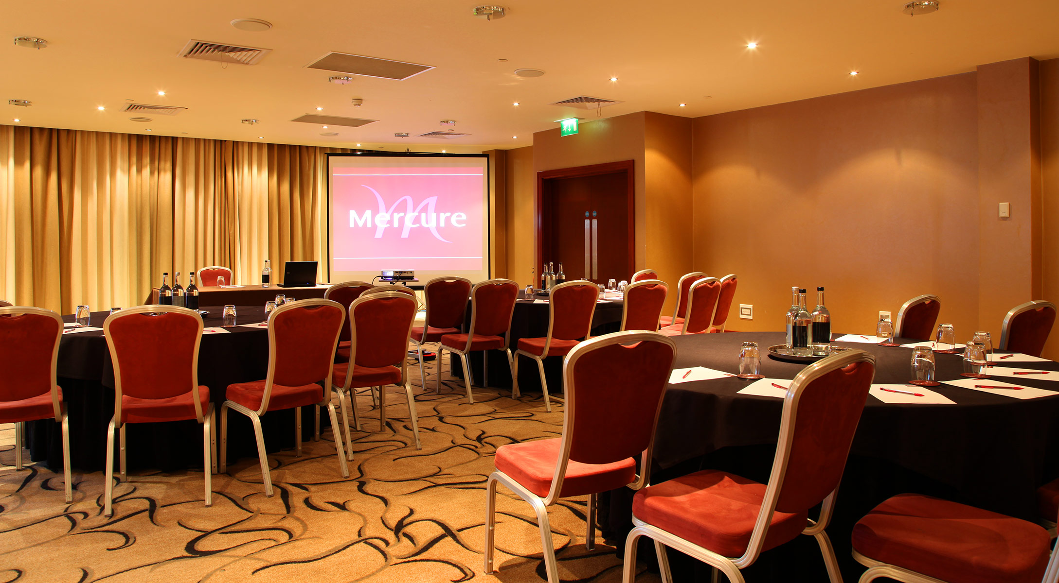 Mercure Holland House Conference Suite / Accor Hotels